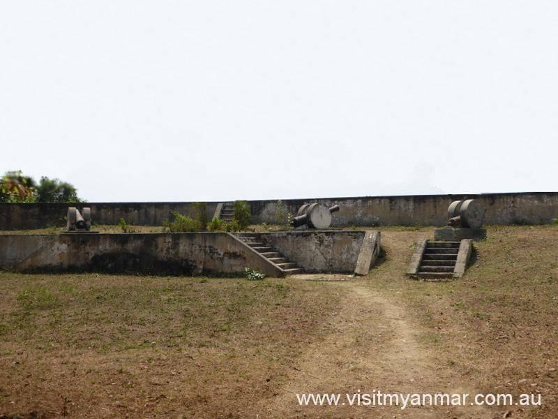 Asaykhan-Fortress-Sagaing-Visit-Myanmar