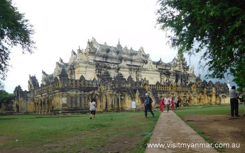 Maha-Aungmye-Bonzan-Monastery-Inwa-Visit-Myanmar