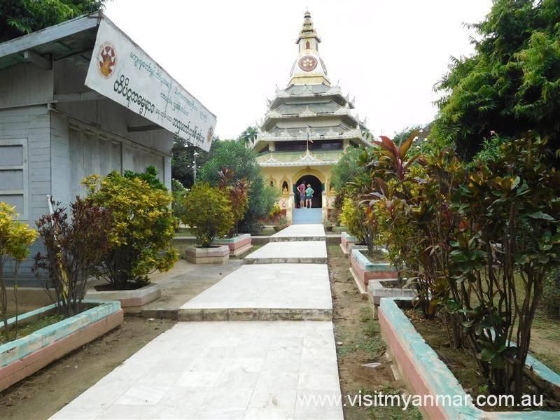 Mingun-Sayadaw-Pagoda-Mandalay-Visit-Myanmer (1)