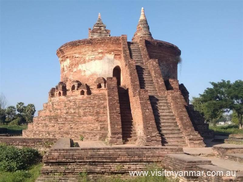 Myint-Mo-Taung-Pagoda-Inwa-Visit-Myanmar (2)