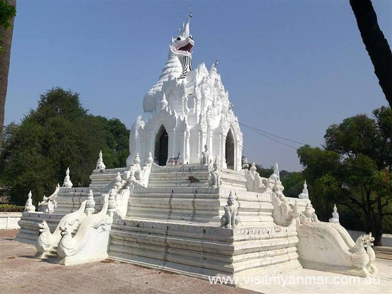 Nagayon-Pagoda-Amarapura-Mandalay-2017-Visit-Myanmar