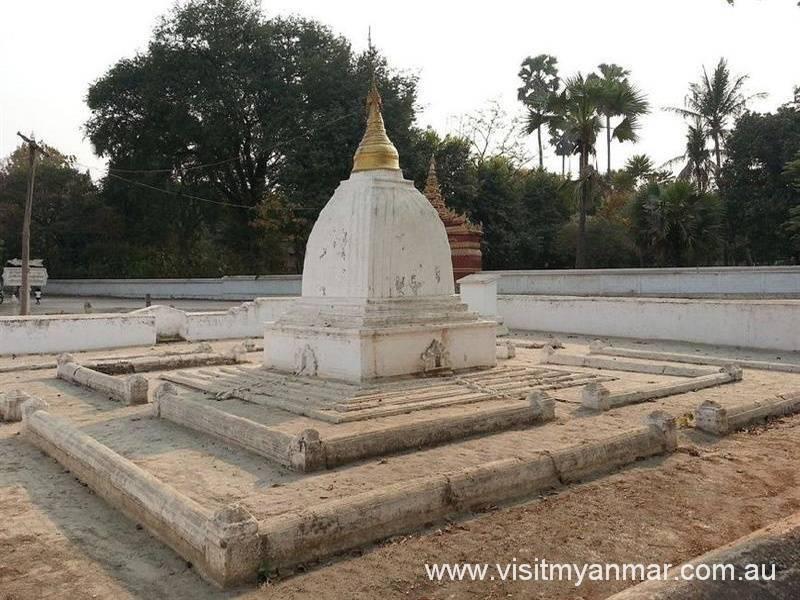 Pon-Daw-Pagoda-Mingun-Visit-Myanmar (1)