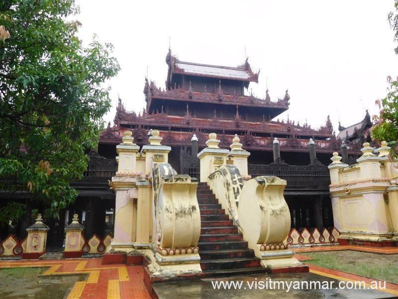 Shwe-In-Bin-Monastery-Mandalay-Visit-Myanmar (3)