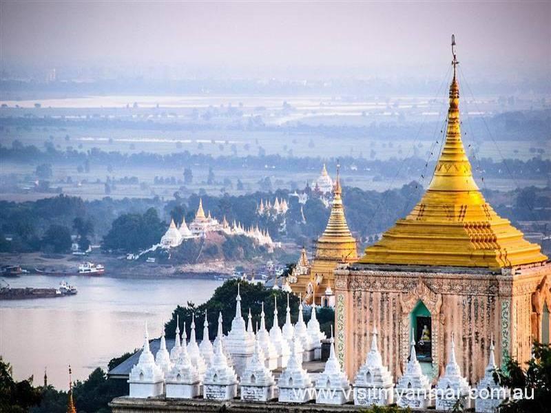 Shwe-Kyet-Yet-Pagoda-Amarapura-Mandalay-Visit-Myanmar (2)