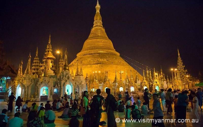 Shwedagon-Pagoda-Yangon-Visit-Myanmar