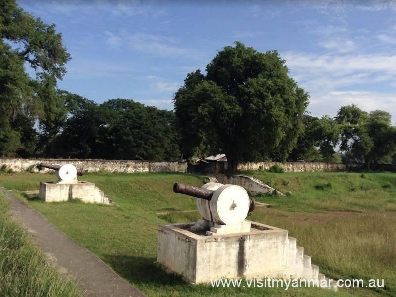 Sinkyone-Fortress-Inwa-Visit-Myanmar